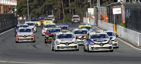Niels Langeveld terechte kampioen in Clio Cup Benelux