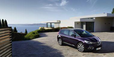 Nieuwe Renault Scénic ook als luxueuze INITIALE PARIS uitvoering